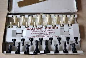 Vintage Gallant Knight Black Standard Plastic Chess Set