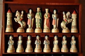 Anri Charlemagne Chess Set