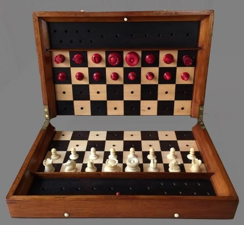 Large Jaques Status Quo Travel Chess Set, Type IV