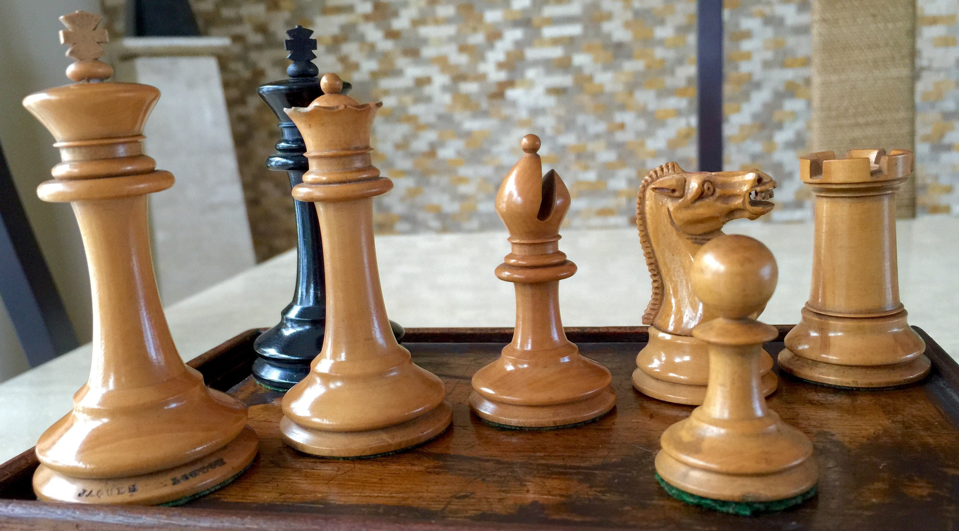 Jaques Library Size Steinitz Chessmen