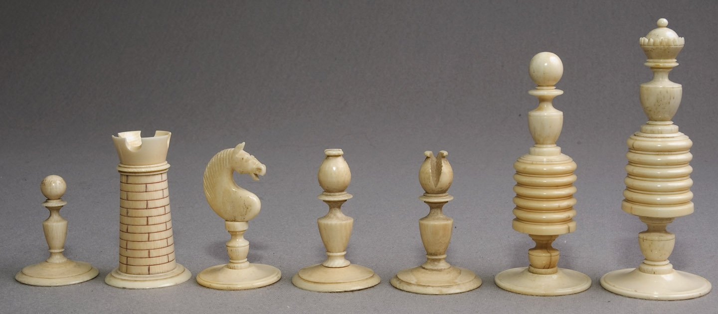 Antique Washington Style English Playing Chess Set