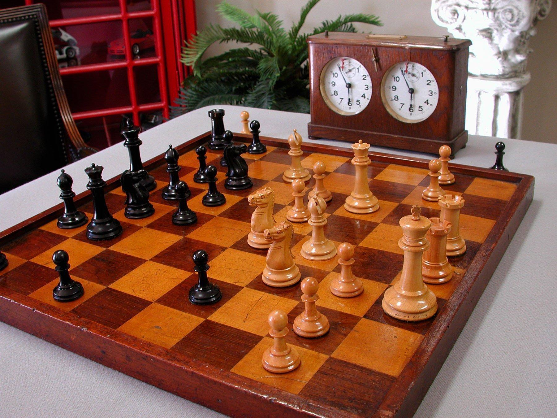 Jaques Standard Size Steinitz Chessmen
