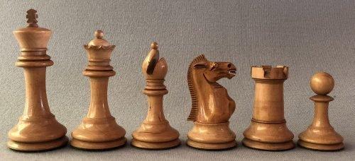 Reproduction Ayres Staunton Chessmen