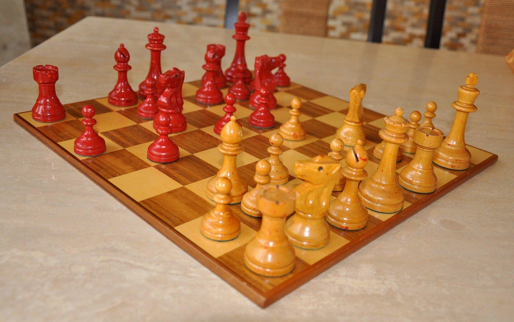William Pinney Antique Chess Set, Tournament Size