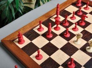 English Type II Playing Chess Set
