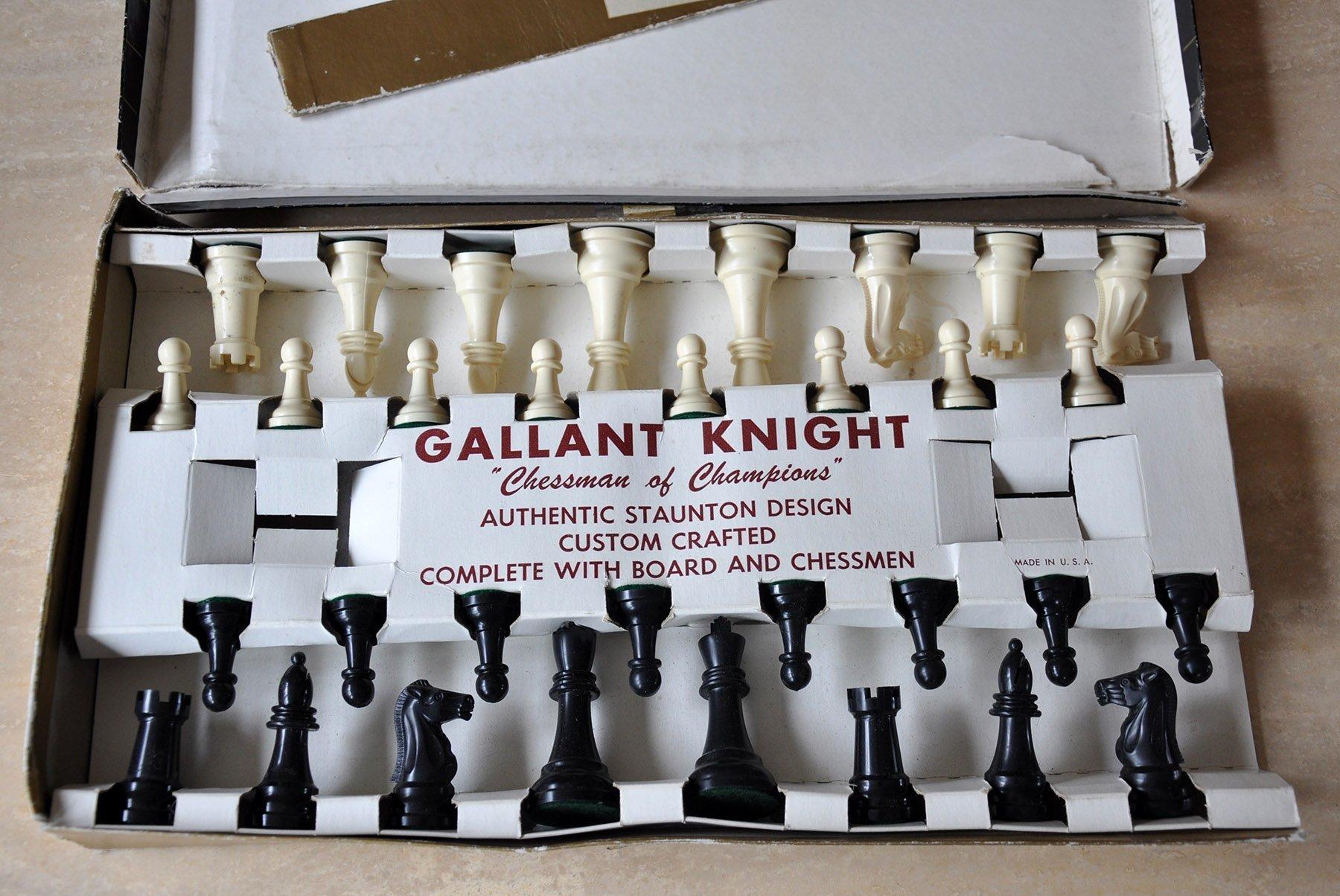 Vintage Gallant Knight Black Standard Plastic Chess Set