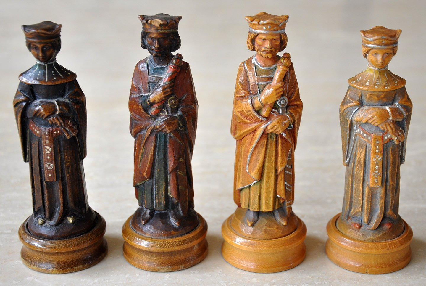 Anri King Arthur Chess Set Chessantiques Com