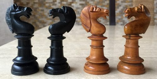 Northern Upright Tournament Chessmen