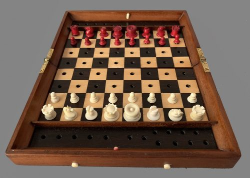 Type II Status Quo Chess Set, Set #1