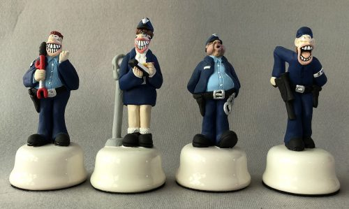 Doug Anderson Law and Order Chess Set