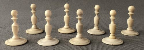 Later Antique Washington Style Chessmen