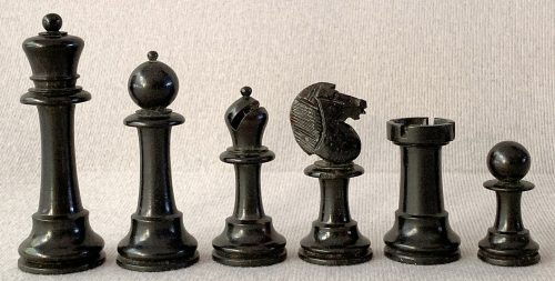 Antique Upright Staunton Chessmen