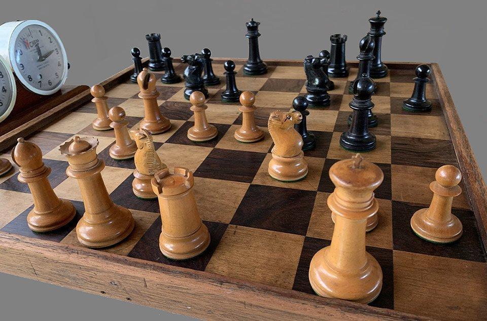 Type 10 Staunton Chessmen, Tournament Size