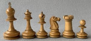 Antique Hybrid English Staunton Chessmen
