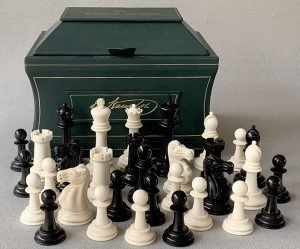 Jaques Lessing Staunton Chessmen, Small Club Size