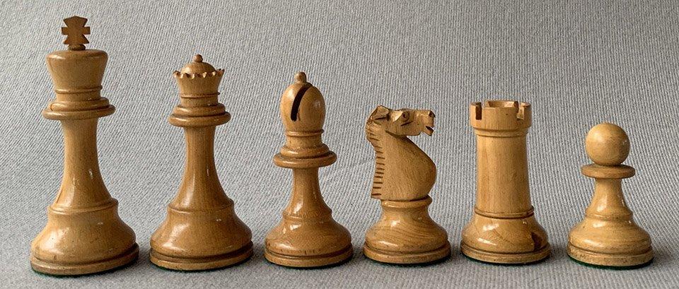 French Tournament Staunton Chessmen