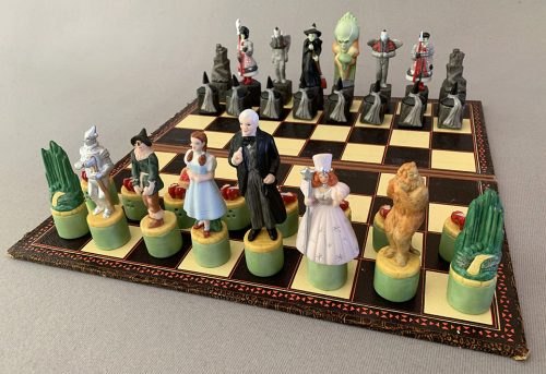 Star Jars Wizard of Oz Chess Pieces