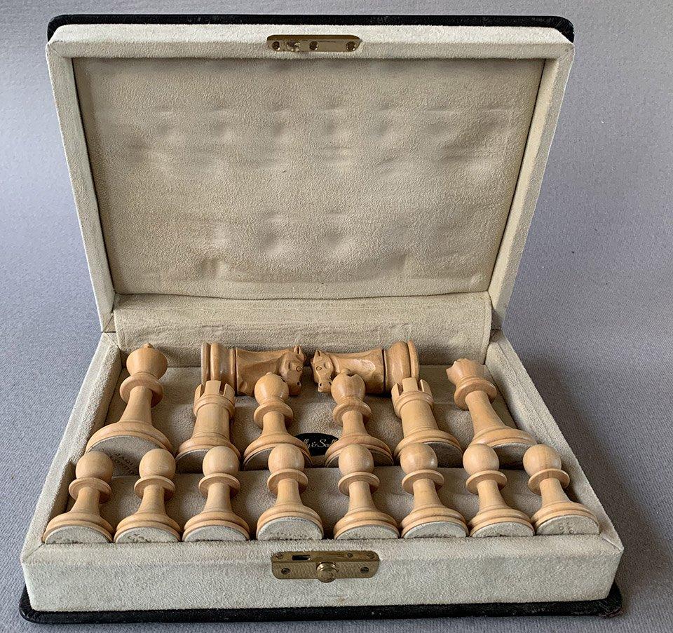 Jaques Fischer Spassky Chess Set