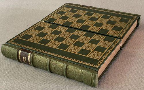 Buffalo Horn Chess Set