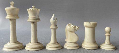 Antique Bone Staunton Chessmen, Type 1.
