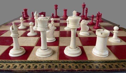 Antique Bone Staunton Chessmen, Type 2