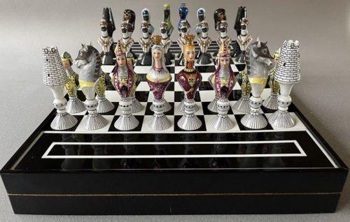 Vista Alegre Chess Set