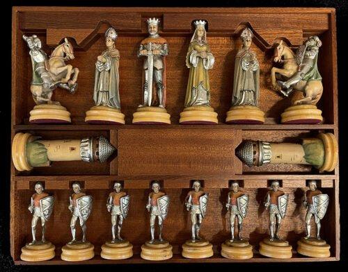 18 Carat Gold Anri Montsalvat Chess Set